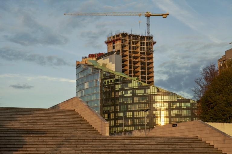 Lietuviškas dangoraižis – tarp skubos ir kokybės